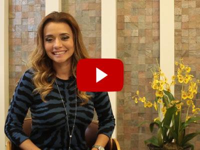 Dra. Paola fala sobre a acne na mulher adulta.